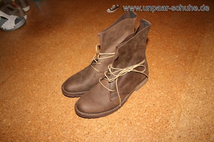 Stiefel in der Farbe Marone