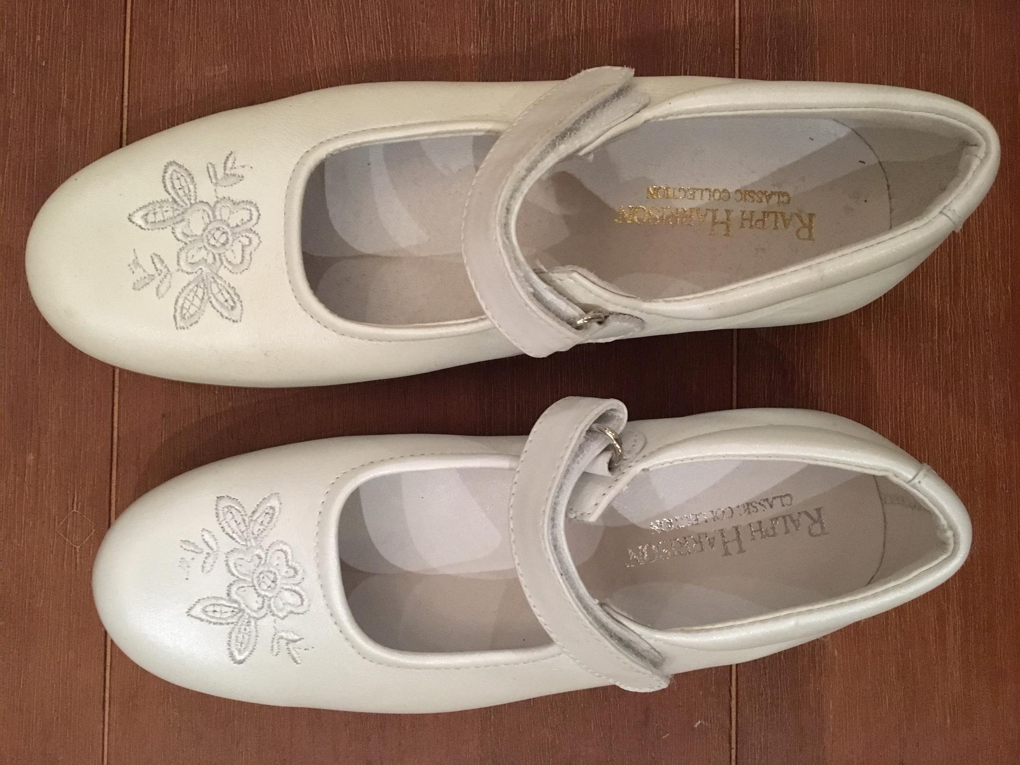 eleganter Damenschuh weiß