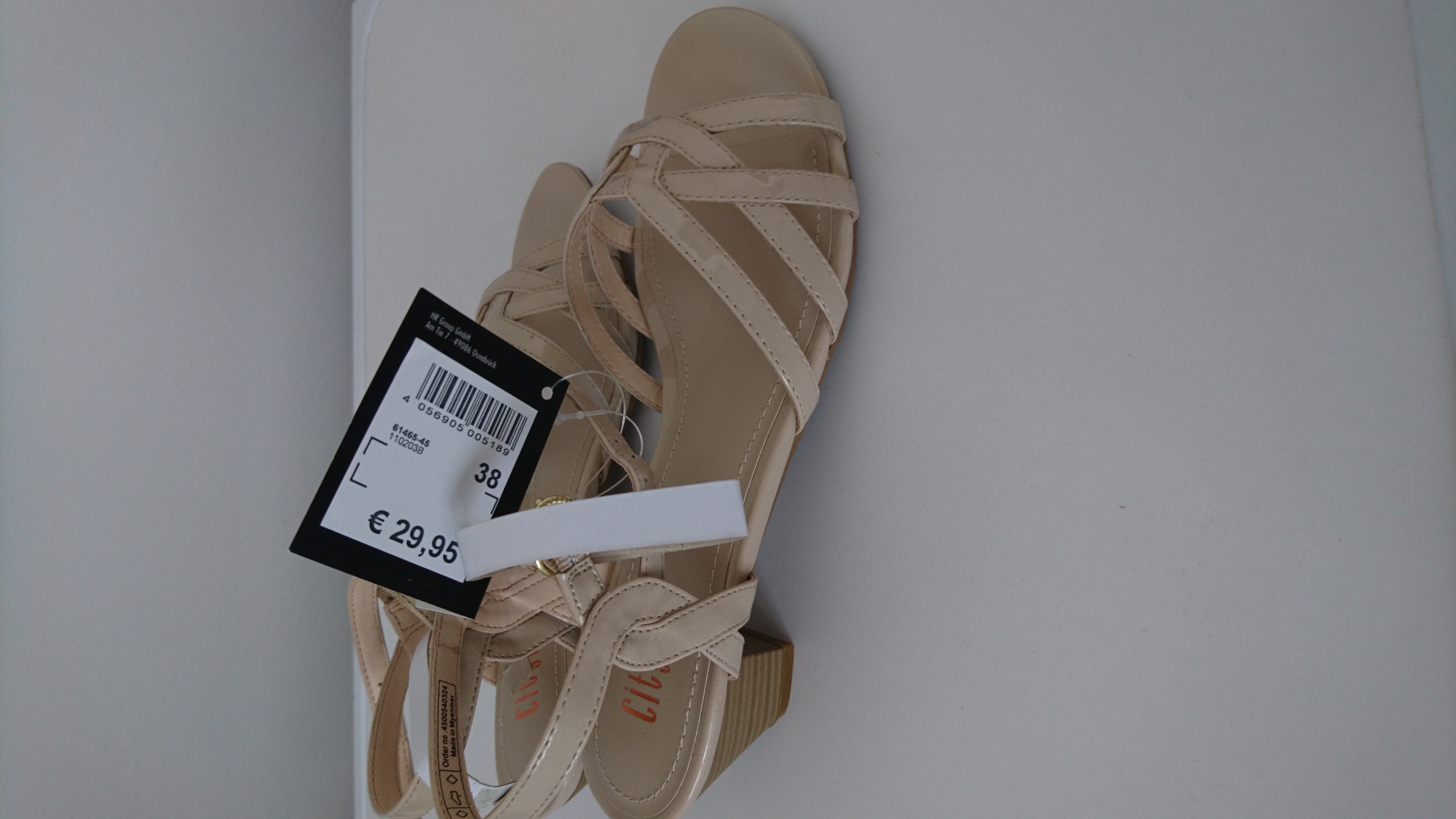 Bild Nummer 2 von Sandalen
