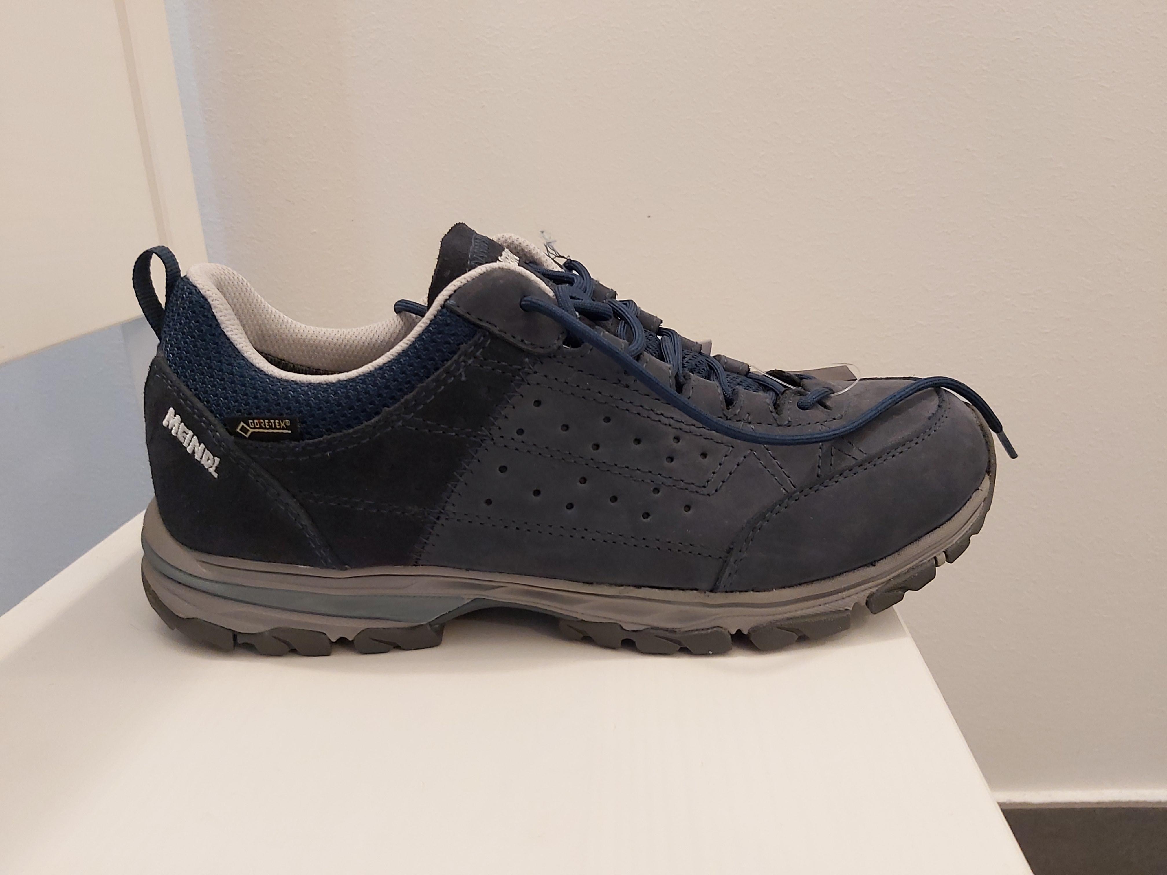 Foto des unpaars Trecking Schuhe von Meindl
