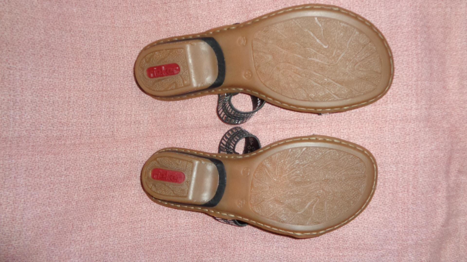 Bild Nummer 2 von Sandale - Rieker schwarz