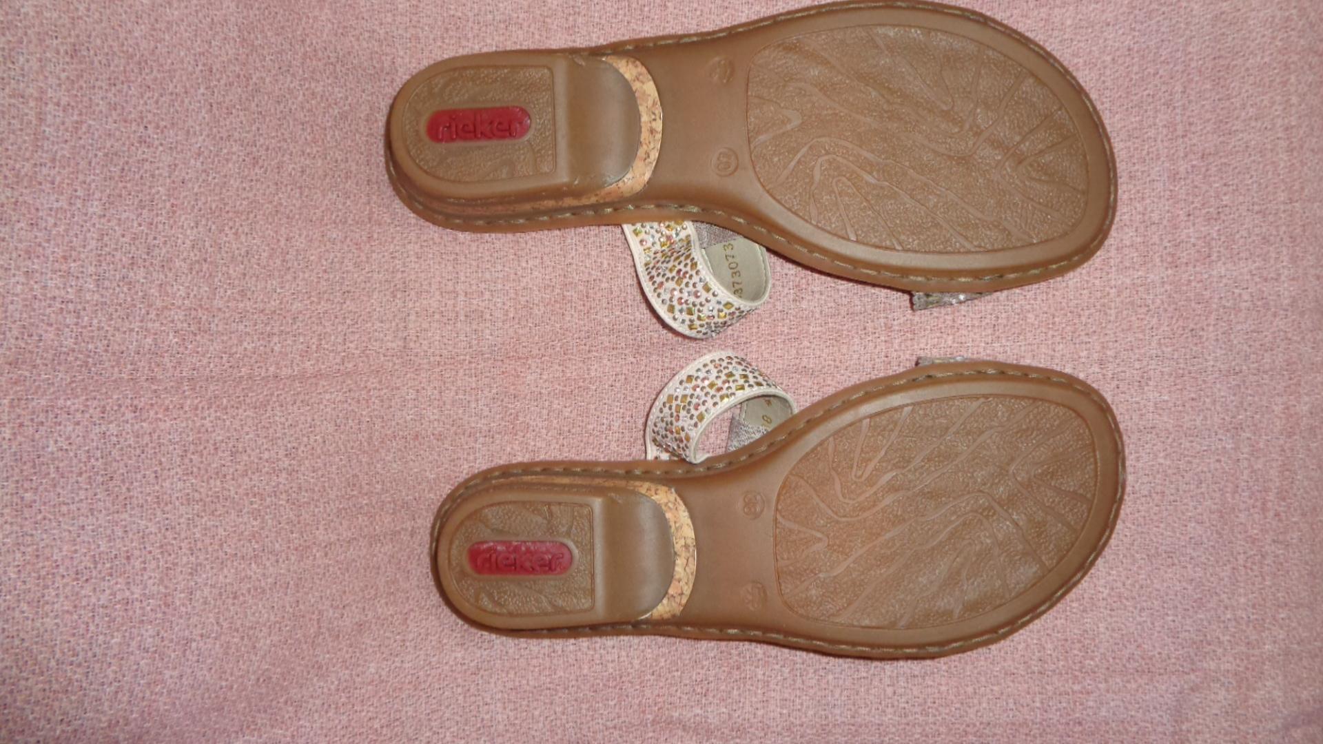 Bild Nummer 2 von Sandale - Rieker rosa gold