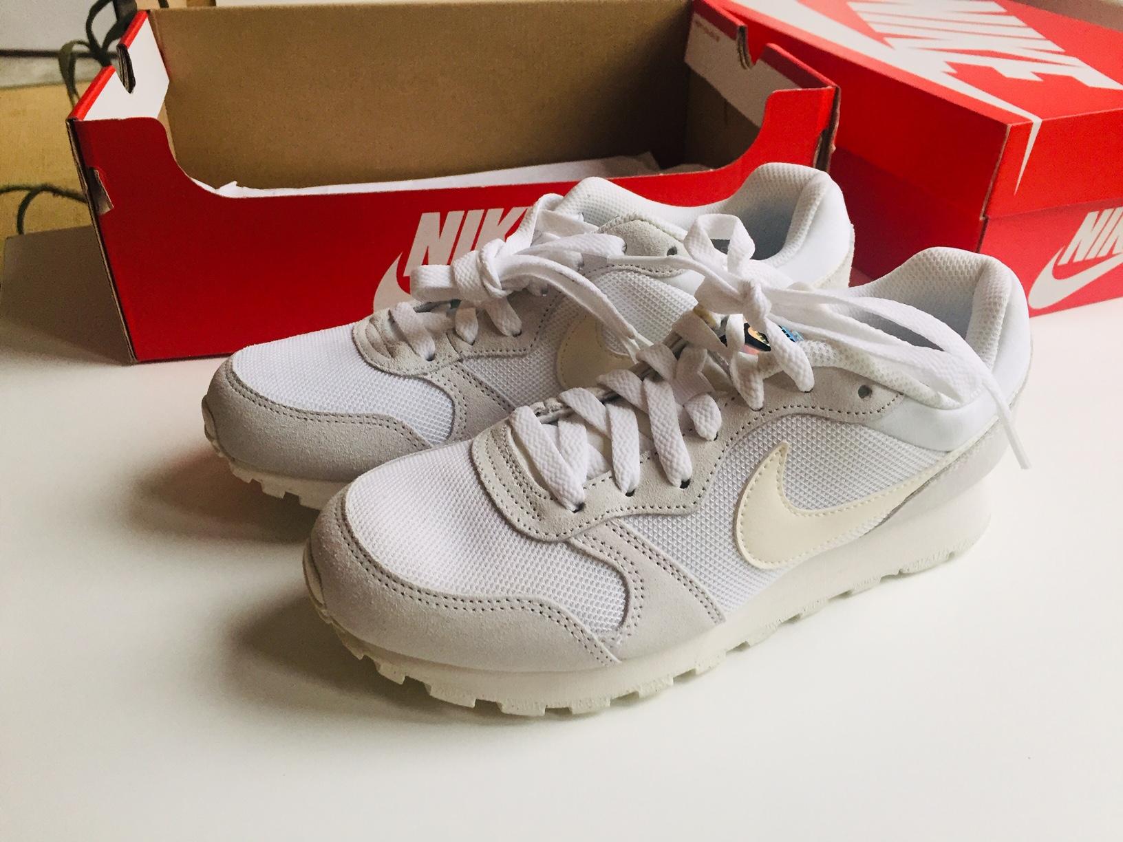 NIKE Sneakers MD Runner White