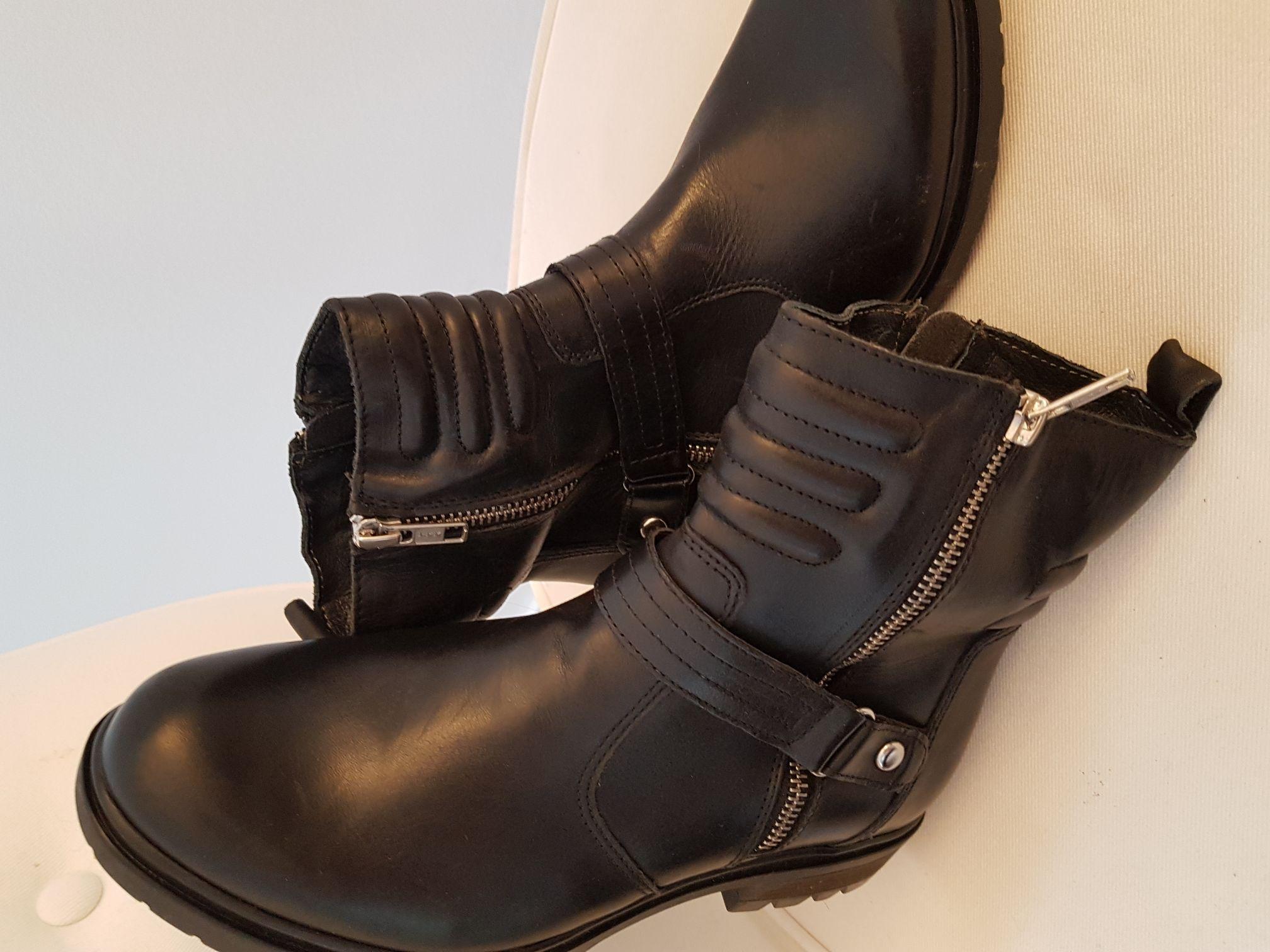 Stiefel von COX