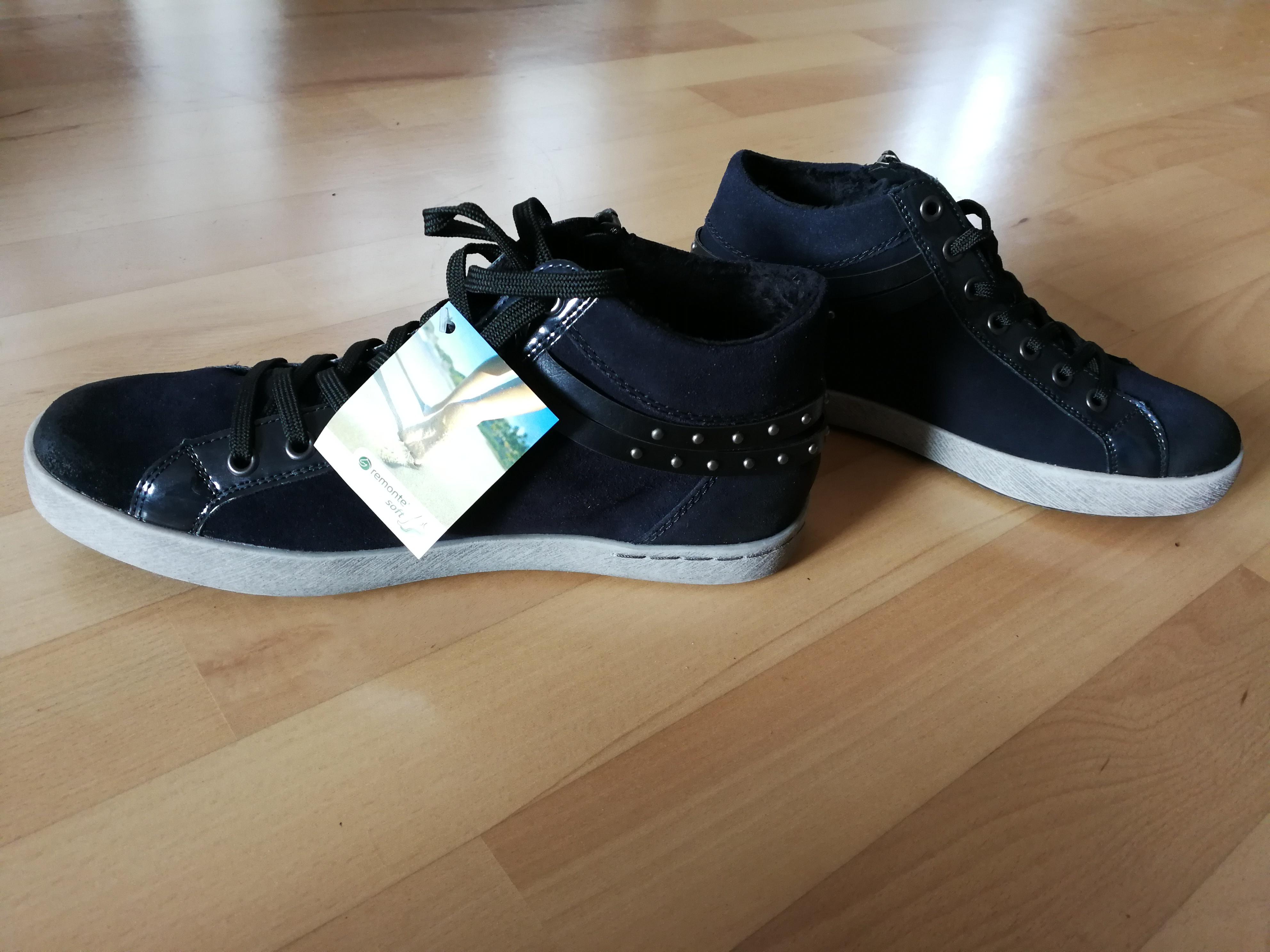 Bild Nummer 2 von dunkelblaue Sneaker li. 36/re.39