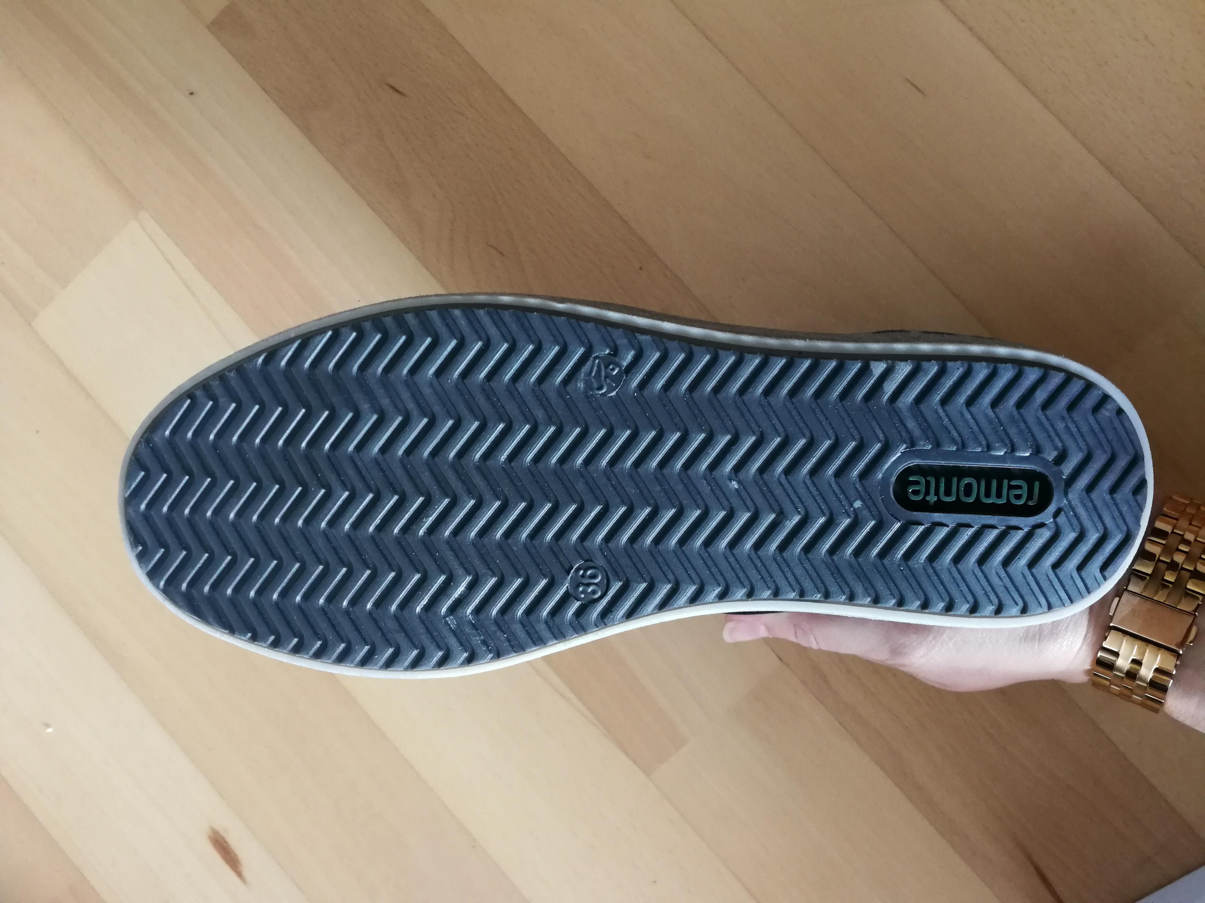 Bild Nummer 4 von dunkelblaue Sneaker li. 36/re.39