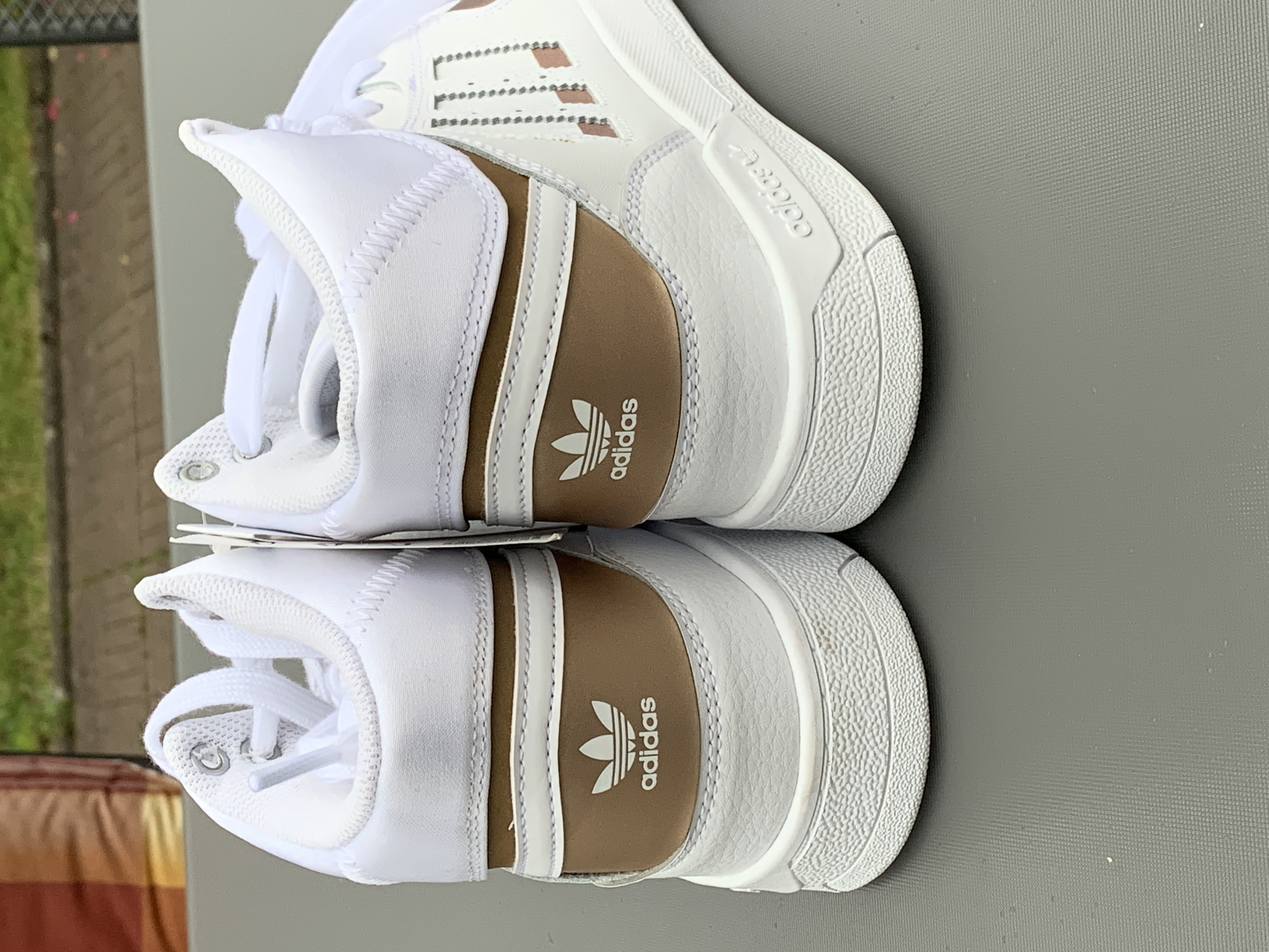 Bild Nummer 4 von Adidas
