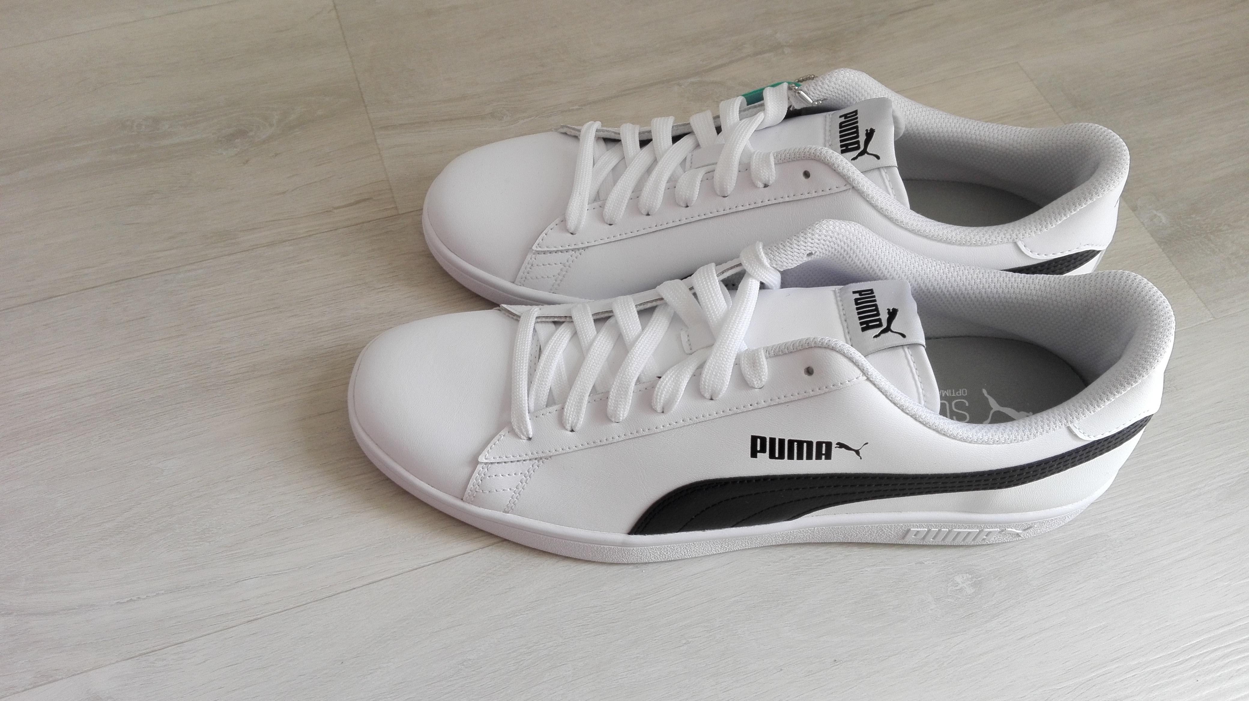 Foto des unpaars Puma Smash v2 L