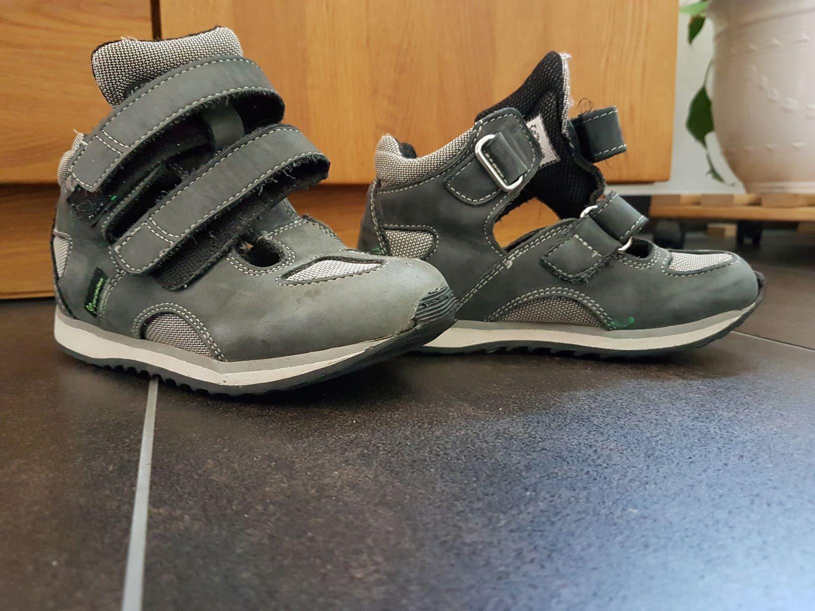 Sandale grau L28/R30 von Perpedes