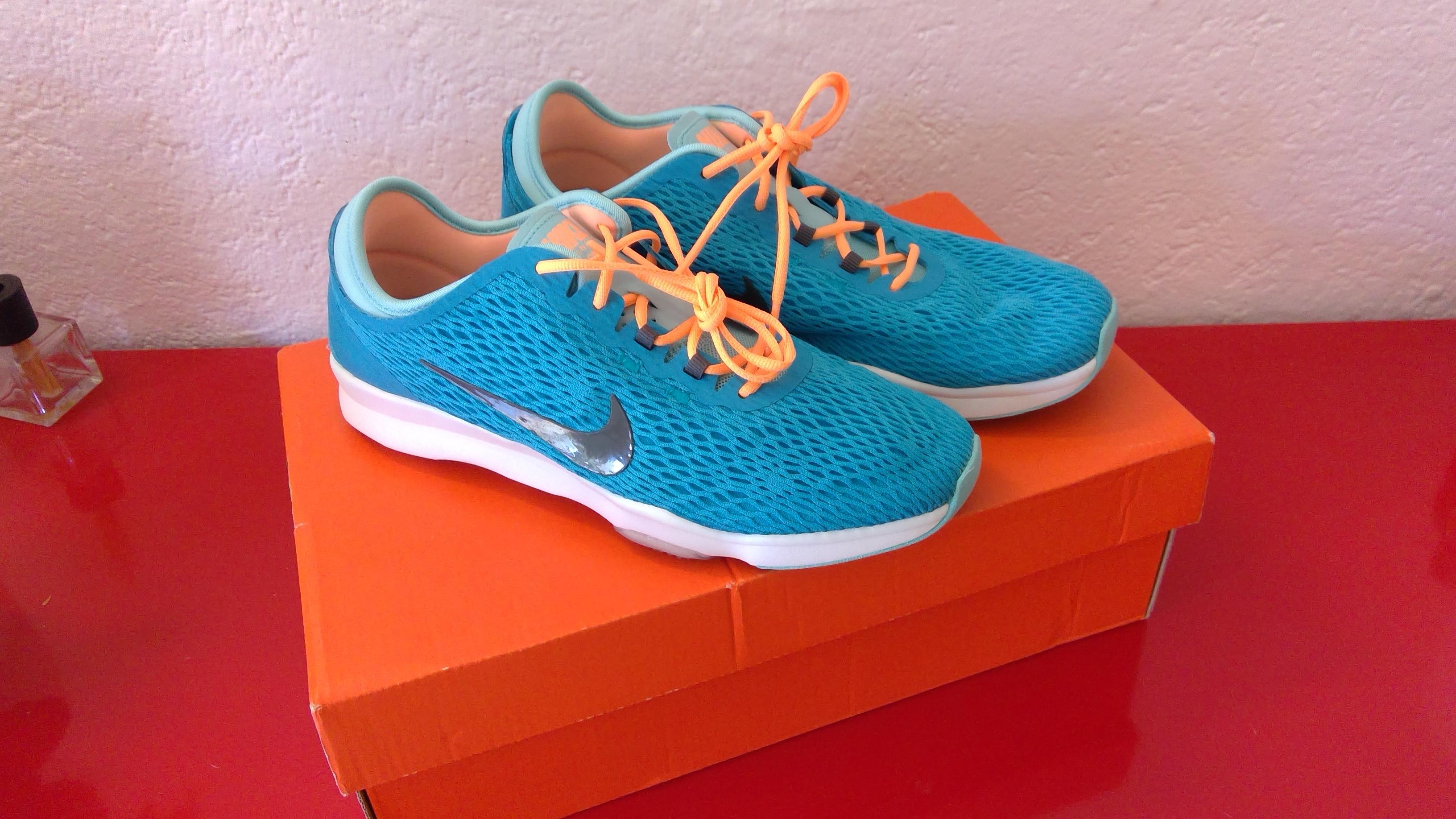 Nike Sportschuhe / Freizeitschuhe